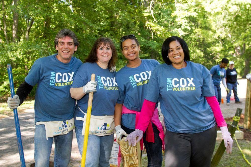 cox-team-members-on-volunteering